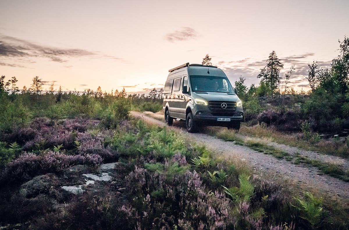 Karlsson - Life Explorer